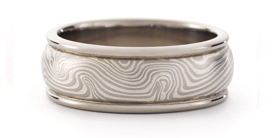 ROUND EDGE RING, 8mm in metal pattern J14k gray gold with etched